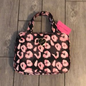Betsey Johnson large cosmetic/toiletry bag